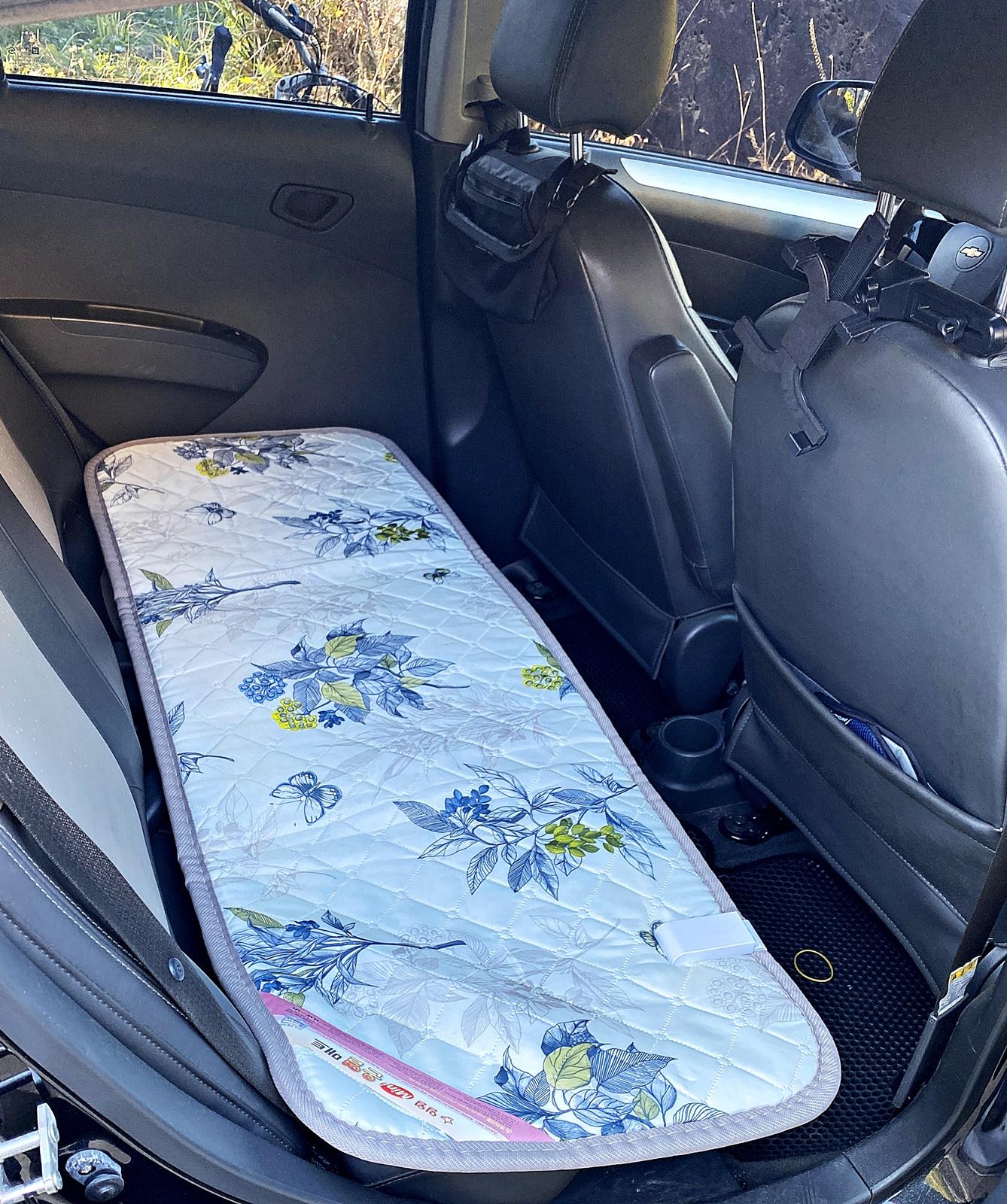 쉐보레 뒷좌석의 전기매트
