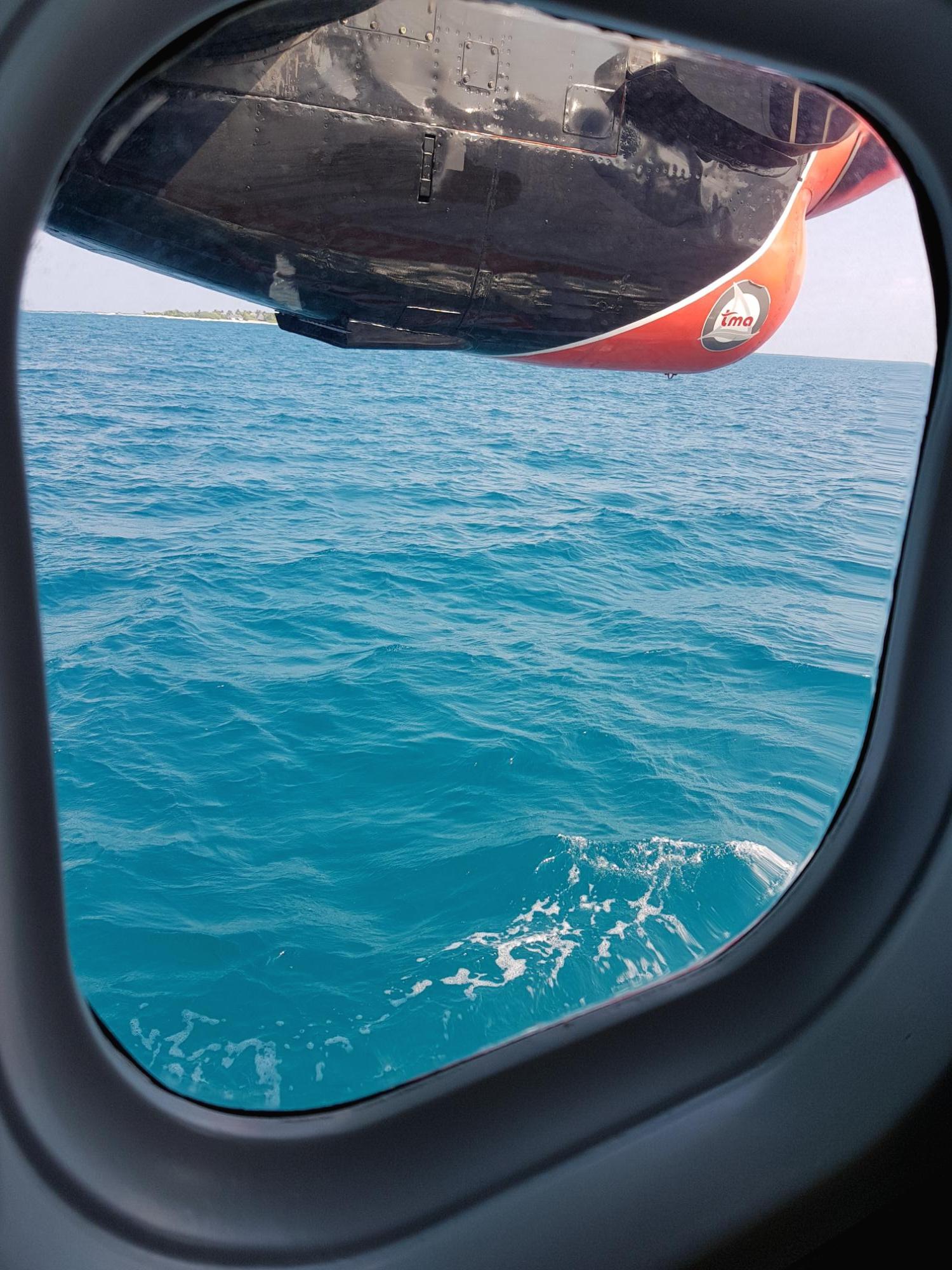 [몰디브] 수상비행기 타고 리조트 가기! 몰디브공항/seaplane/Ellaidhoo Maldives By Cinnamon