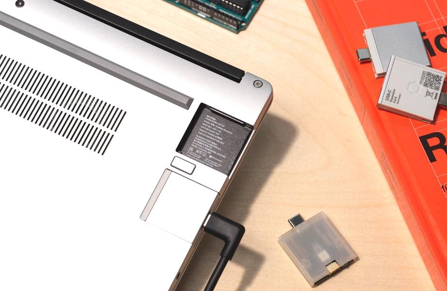 직접 조립 & 부품 교체하는 노트북