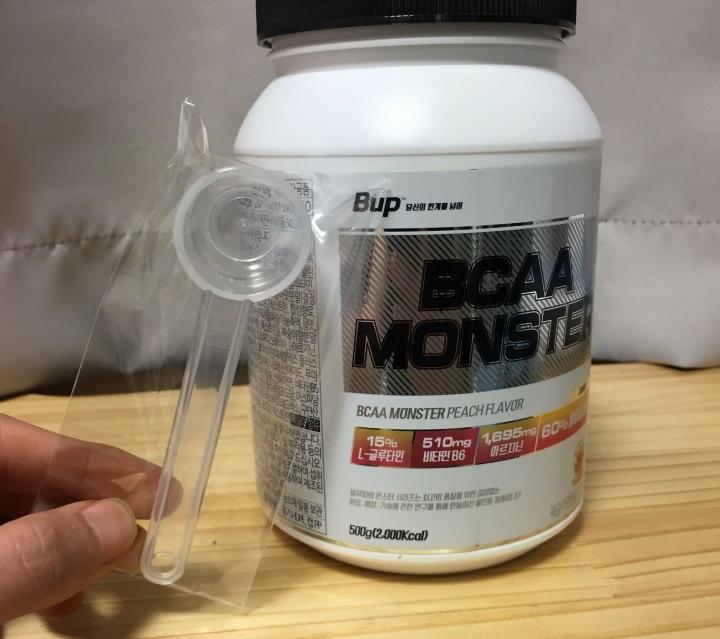 몬스터-BCAA-복숭아맛-스푼