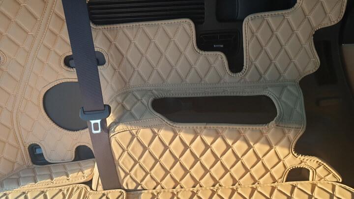 트렁크-매트-붙이는-사진