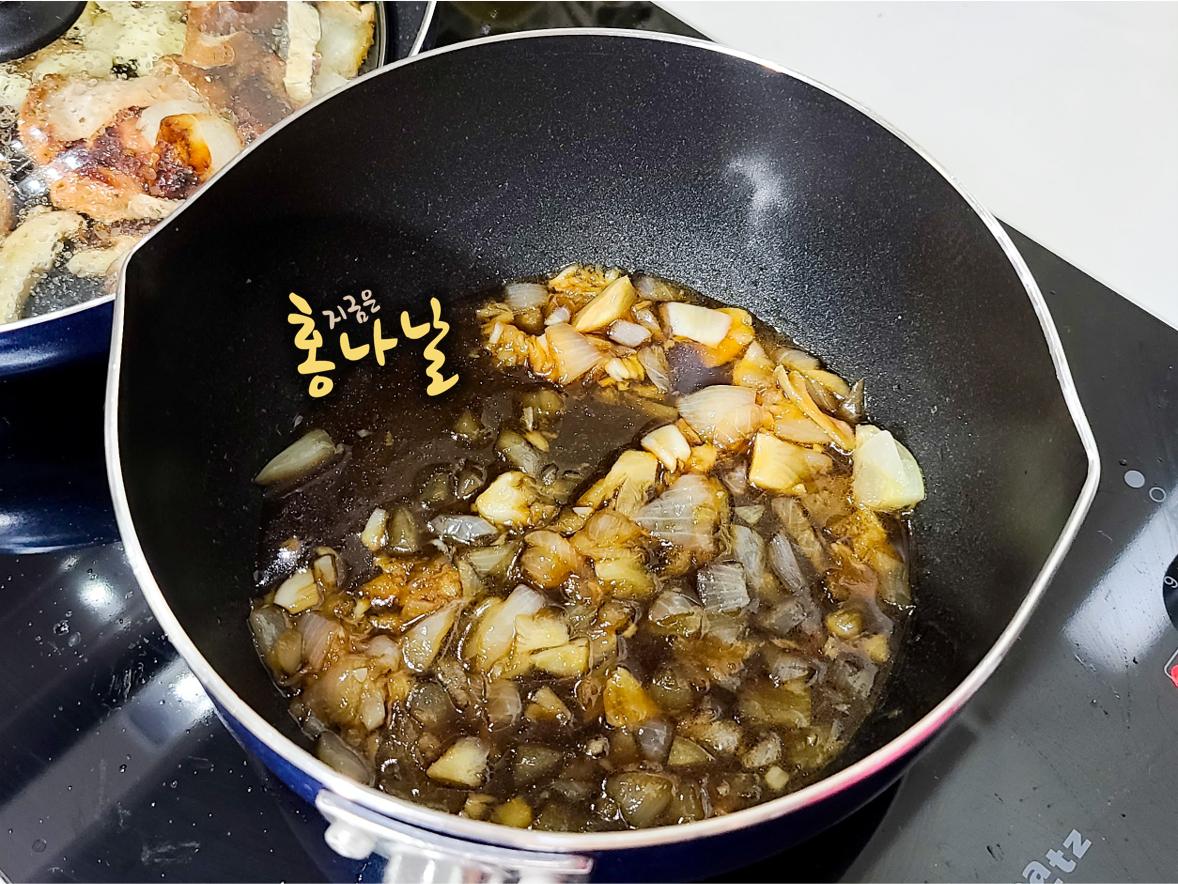 [치킨 오븐 스테이크] 소스 준비 - 소스 끓이기