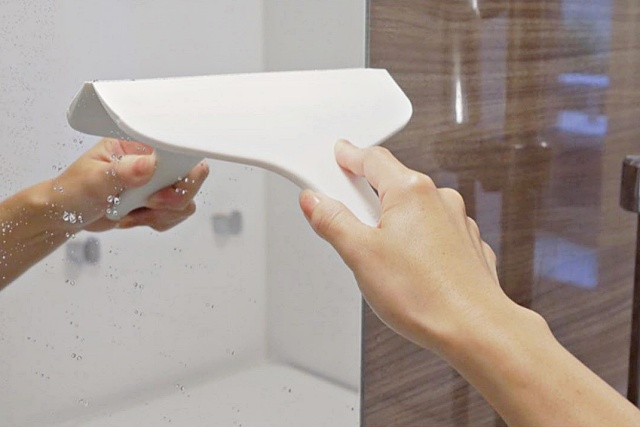 욕실 거울 물때 제거 얼룩제거 닦는법, 생활 팁줌 매일꿀정보