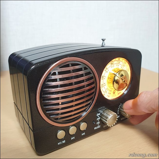 블루투스 스피커 TB280 - 클래식한 휴대용 블루투스 라디오 스피커 후기11