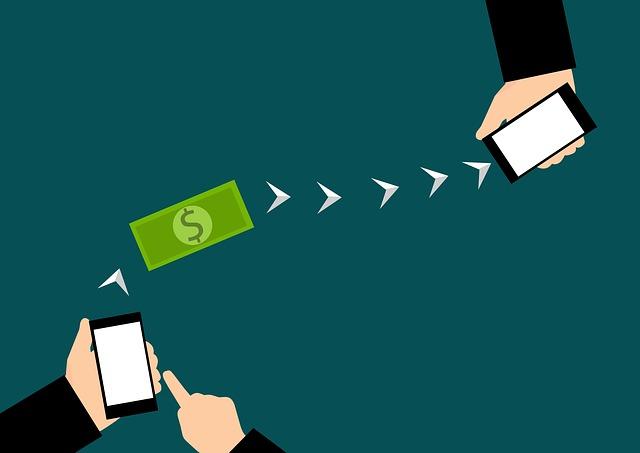 모바일을 통해 최대 1.5억원까지 이용 가능한 직장인 전용 대환 신용대출상품