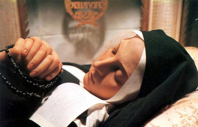 100년 넘게 썩지 않는 수녀의 시신