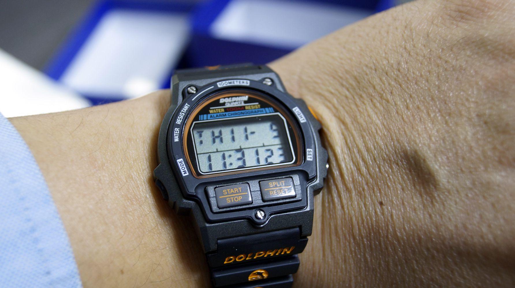 돌핀시계 MRP567-7 착용후 시간