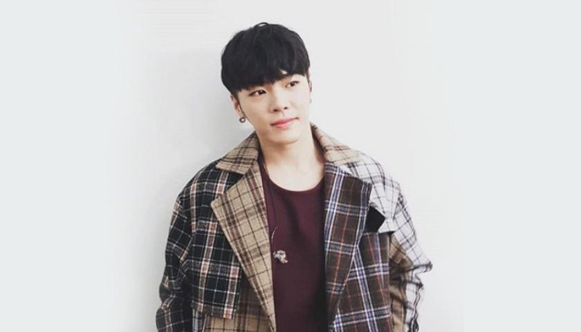 가수 휘성 '프로포폴 투약' 혐의...징역 3년 구형