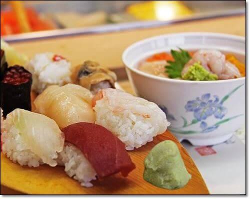 고추냉와 초밥