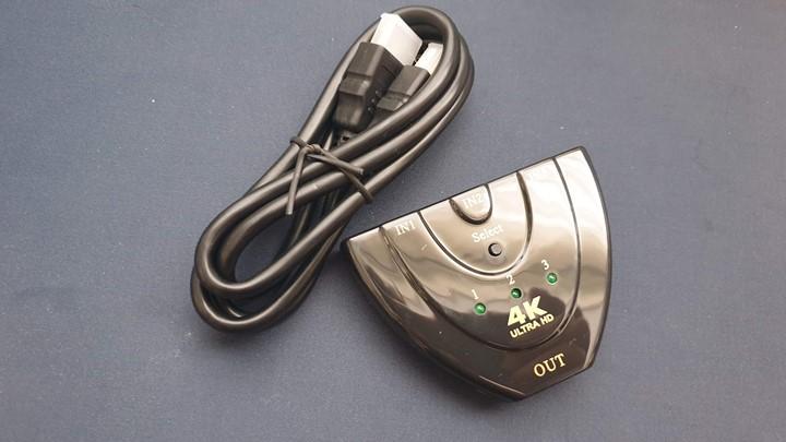 HDMI-분배기-NEXT-0301SWC4K-제품-구성