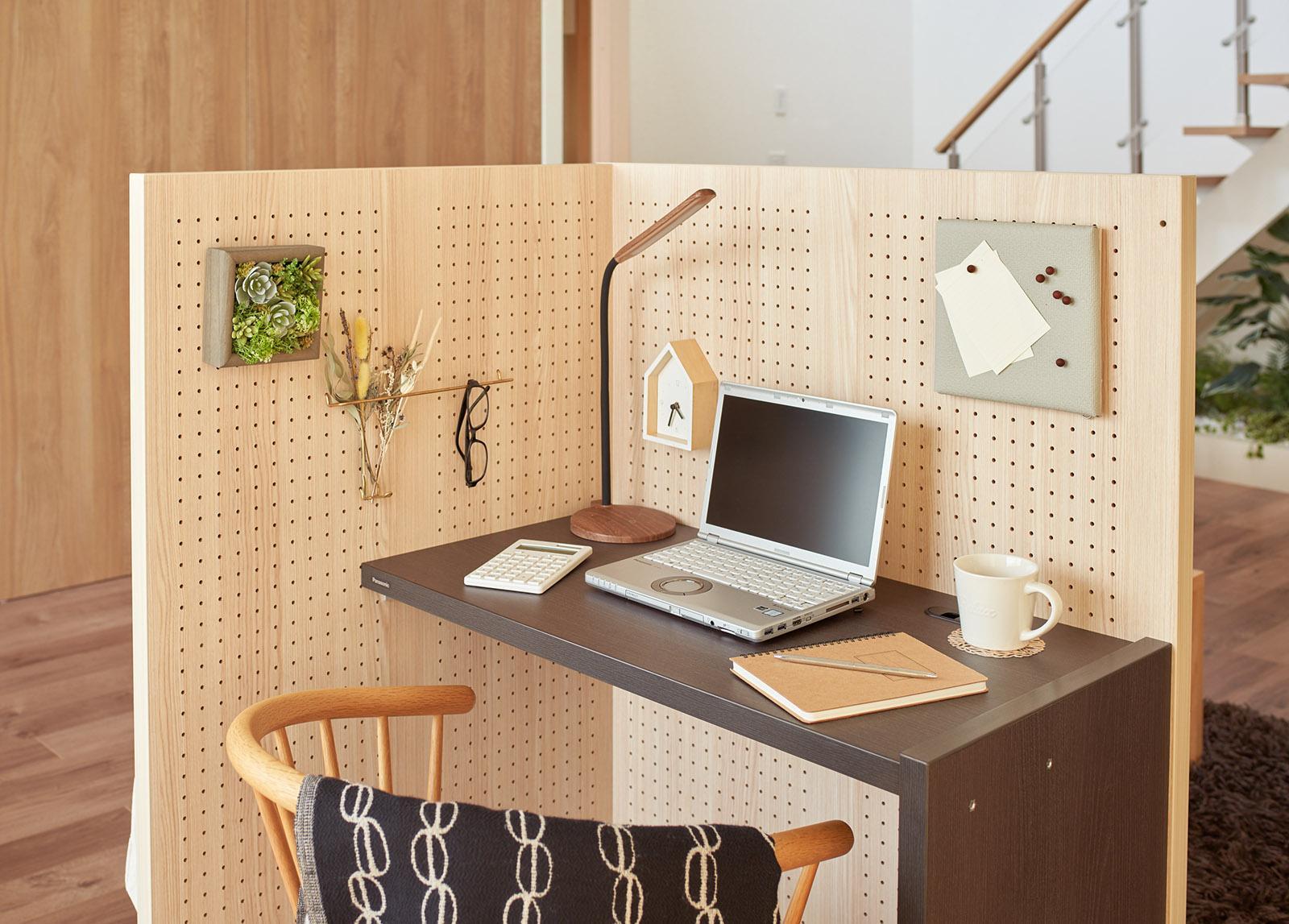 방안에 만드는 나만의 재택근무 공간…파나소닉, DIY 큐비클 '코모루'
