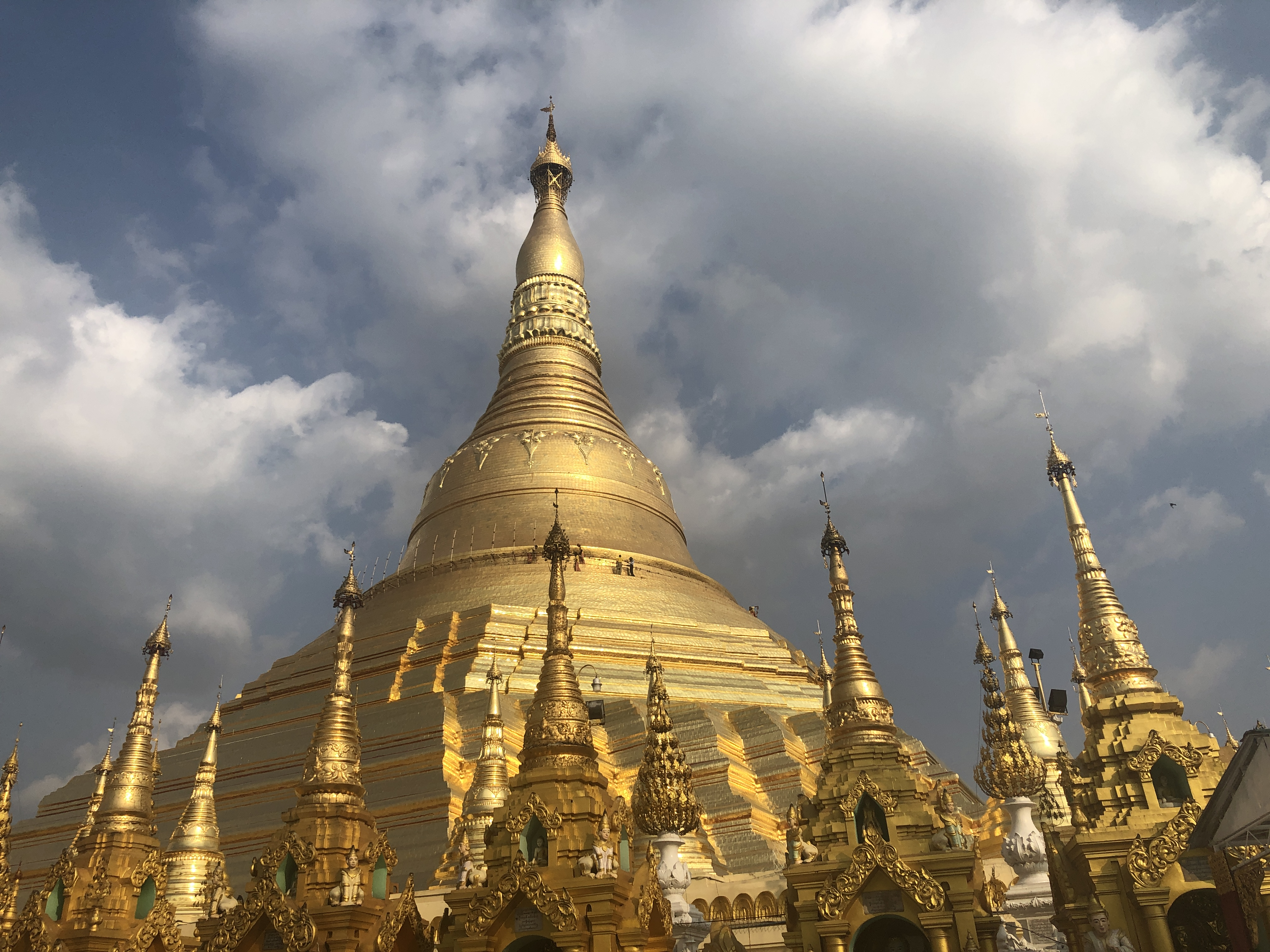 [미얀마] 불교국가 미얀마 양곤의 파고다 투어 차욱타지 파고다 Kyauk Taw Gyi Pagoda/응아타지 파고다 Nga Htat Gyi Pagoda/술레 파고다 Sule Pagoda/쉐다곤 파고다 Shwedagon pagoda