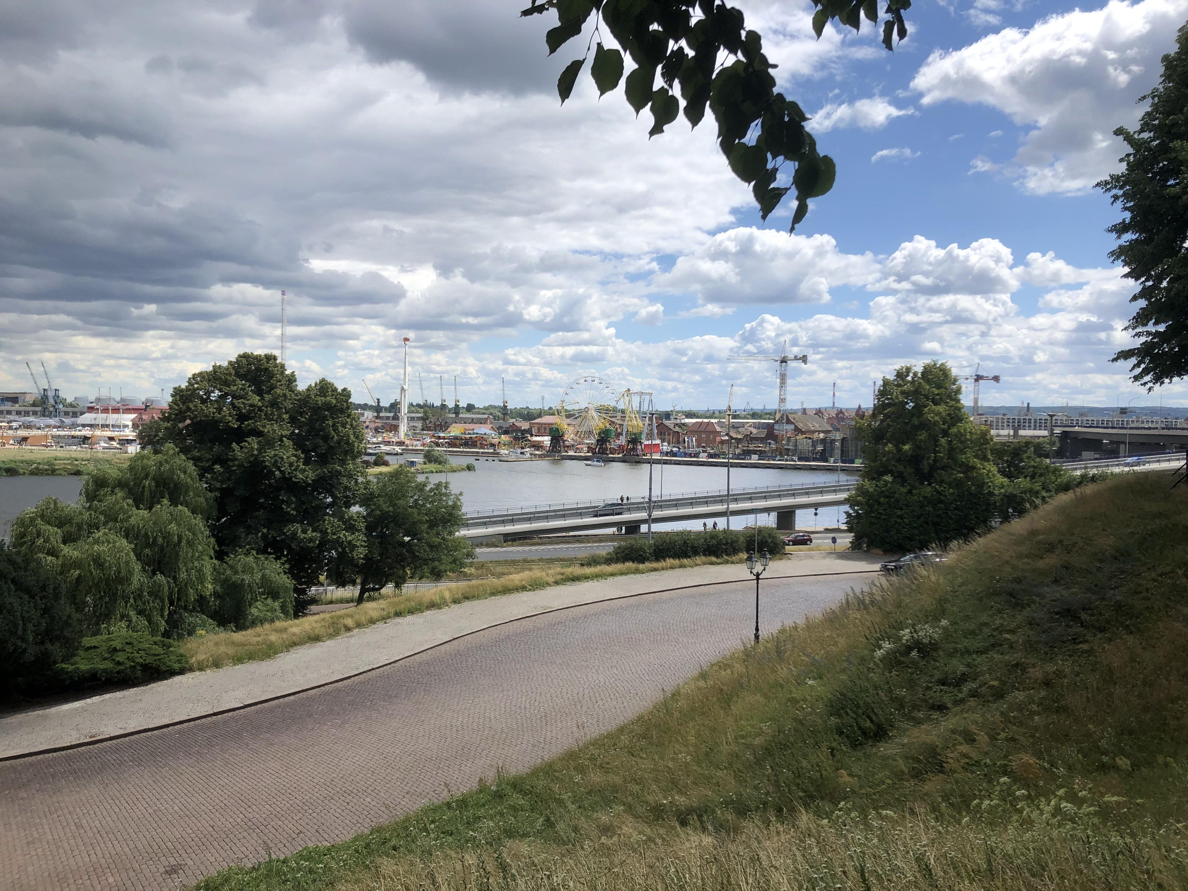 폴란드 슈체친 강변 풍경