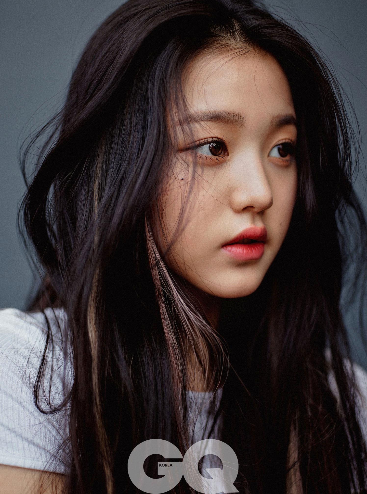 아이즈원 [IZONE] 장원영 GQ 2020 7월호 고화질 화보 4장