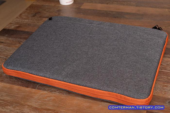 17인치 노트북 파우치 수납 후 크기