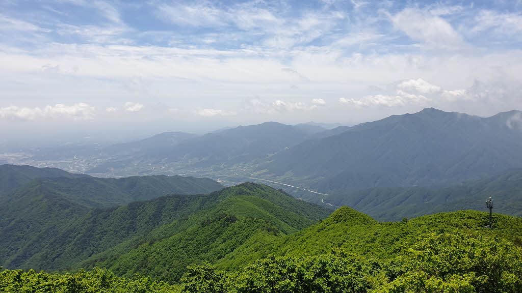 연화봉 남쪽 풍경