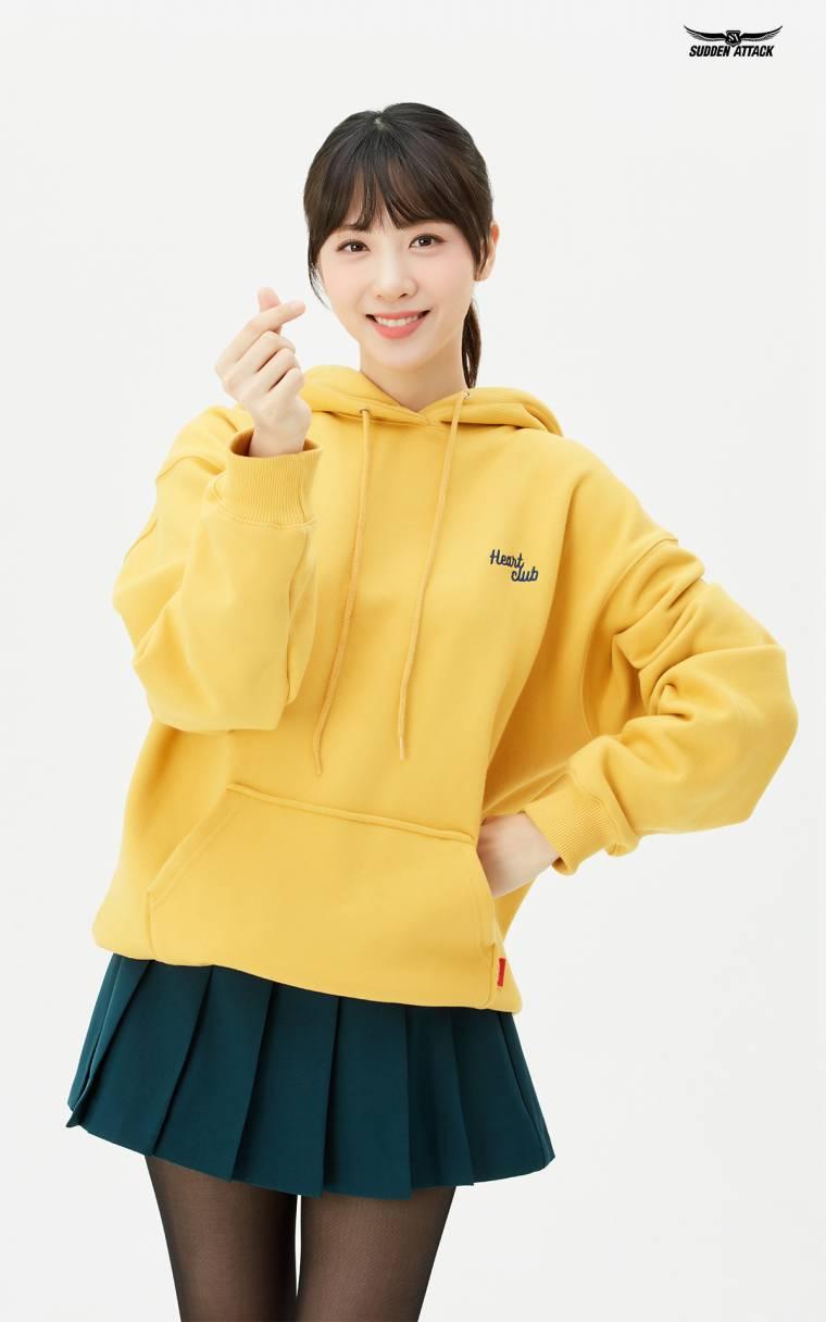 김민아 아나운서 서든어택 화보