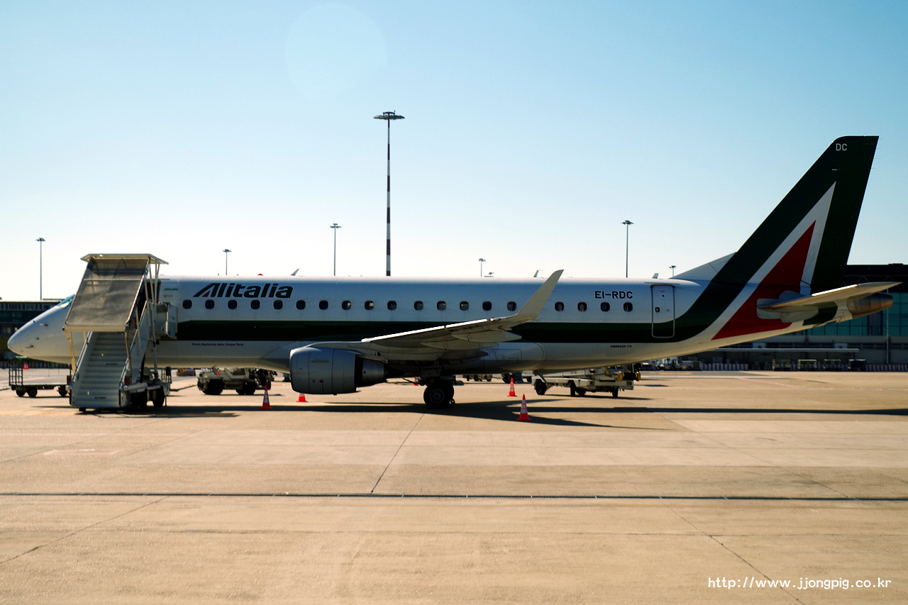 0 Alitalia CityLiner CT CYL EI-RDC E175STD Embraer E175STD E75S 피우미치노 Fiumicino (Leonardo da Vinci) 로마 Rome (Roma) FCO LIRF