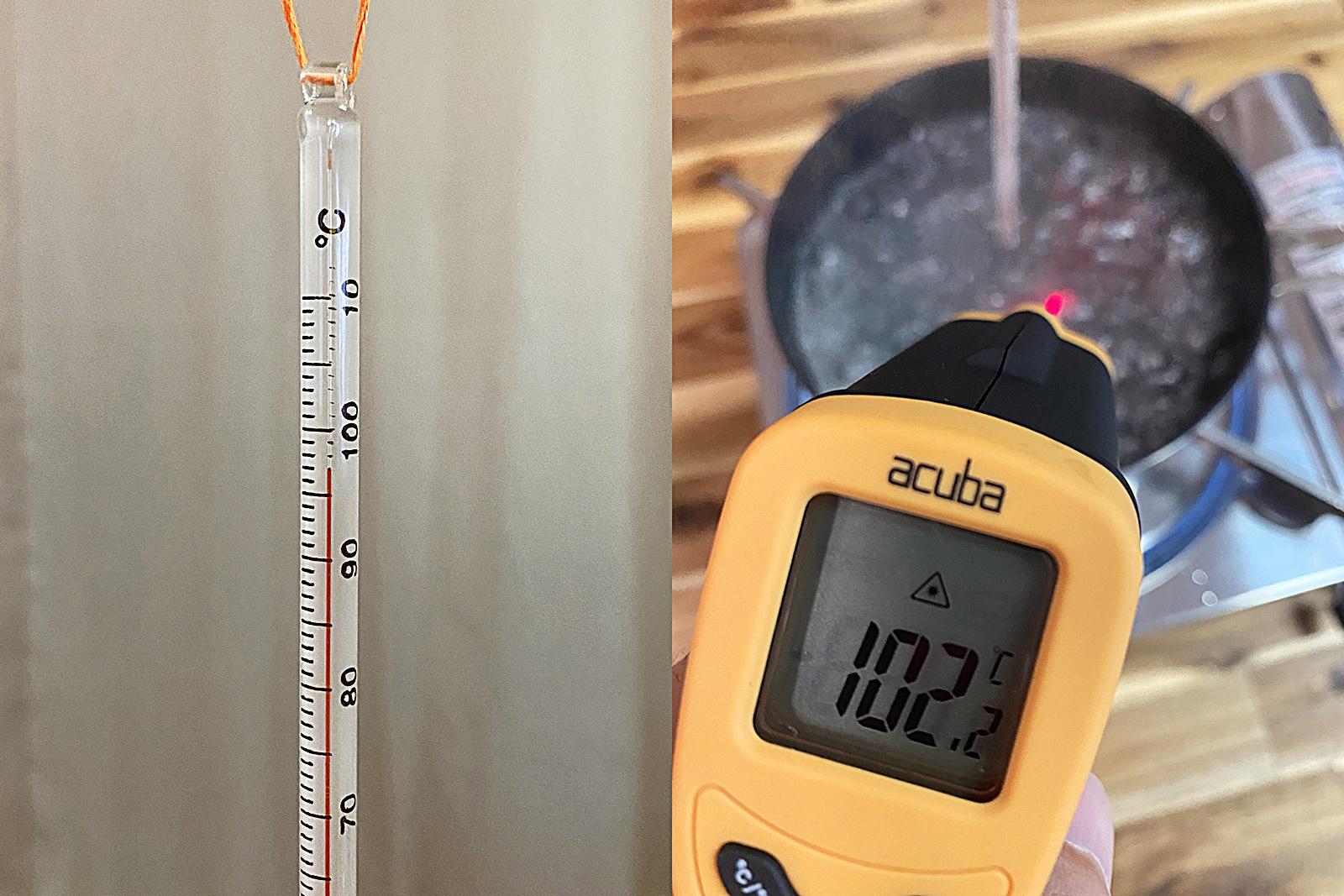 검은색 코팅 냄비 물 끓이며 온도계 비교 실험 4