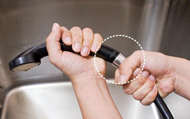 샤워기 헤드 안빠질때, 샤워기 헤드 교체 방법, 샤워기헤드 교체, 샤워기 안풀릴때, 결핵, 건강, 팁줌 매일꿀정보