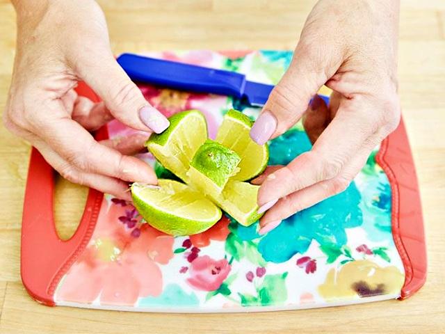 라임·레몬즙 짜는법, 레몬즙 짜는 기계, 요리, 연어, 샐러드, 레모네이드, 팁줌 매일꿀정보
