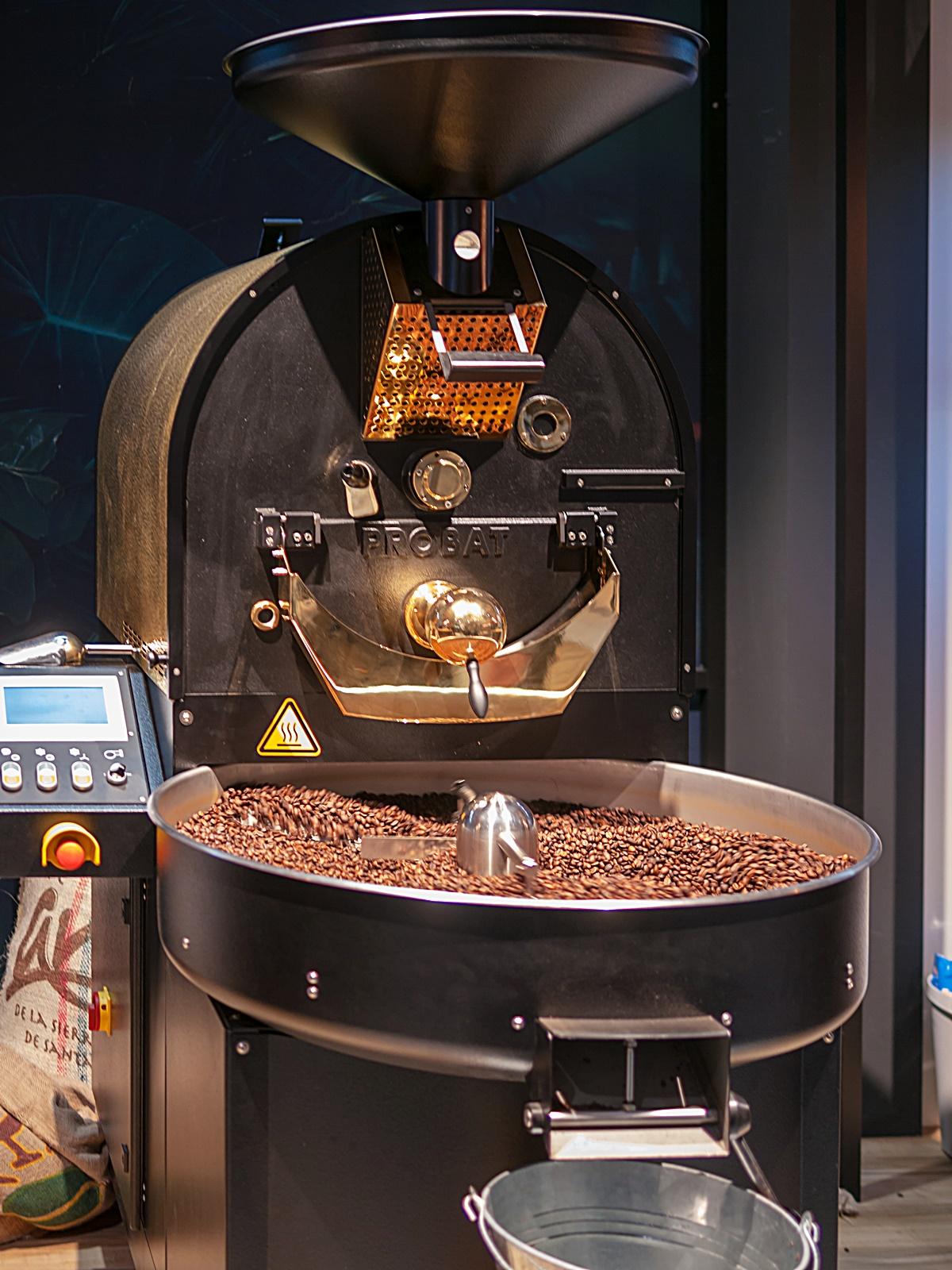 커피 로스팅 기계