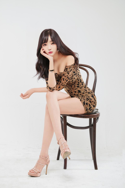 박세미 호피무늬 화보