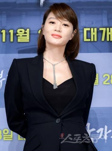 김혜수 결혼계획과 동생근황 화제 - 오구오구 블로그