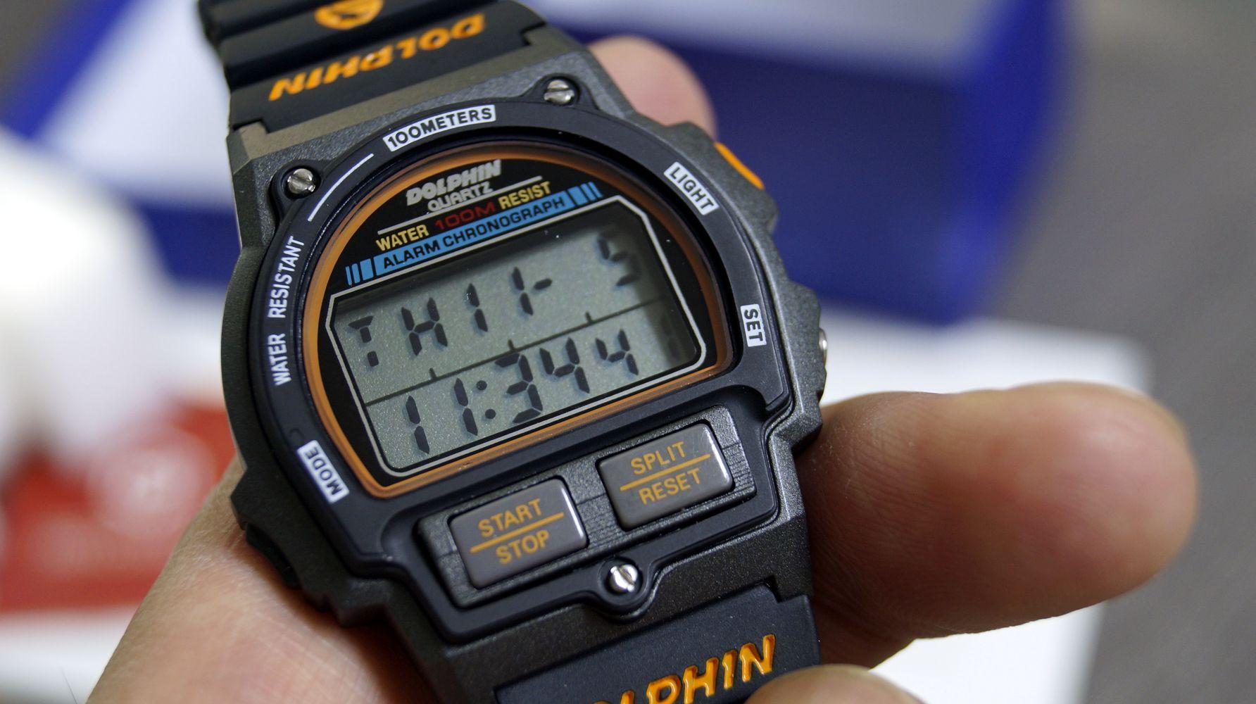 돌핀시계 MRP567-7 시간표시