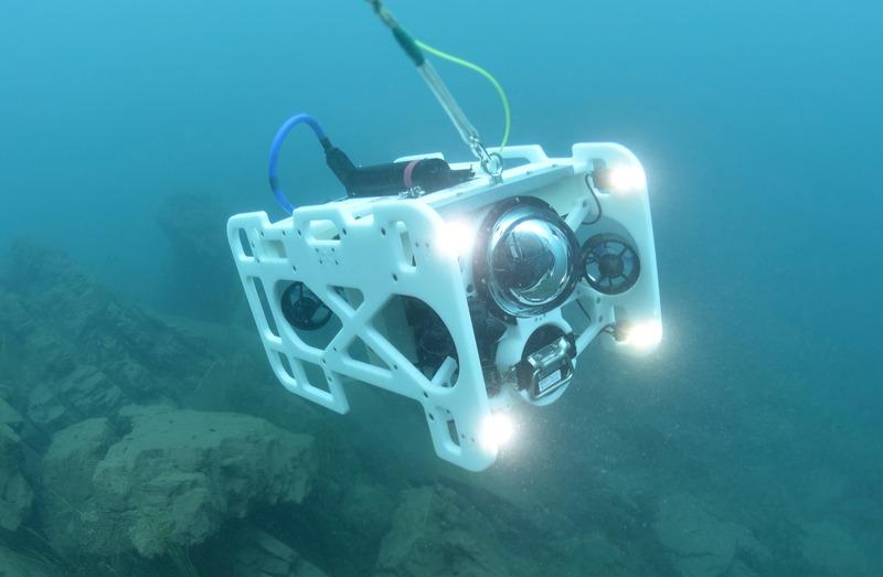 [BP/IT] 하늘 다음은 바다 - 산업용 수중 드론 '다이브 유닛 300(DiveUnit 300)'