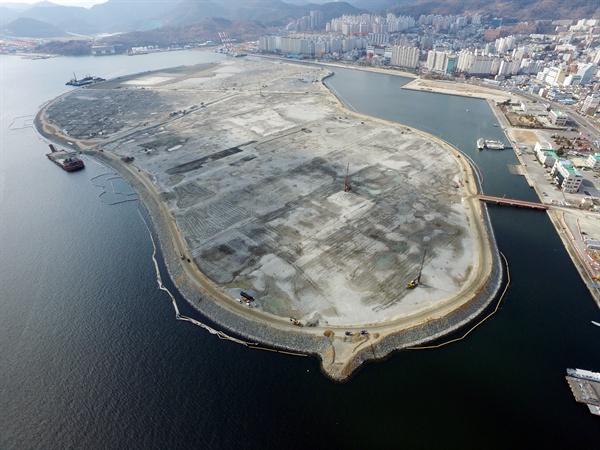마산해양신도시 난 개발 막으려면?