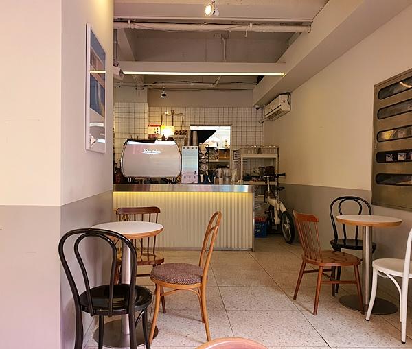 왕십리역 카페