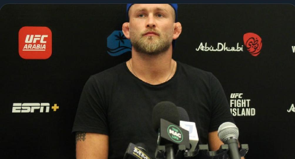 [UFC 트윗 단신] 알렉산더 구스타프손과 파브리시우 베우둠간 다르게 기억하는 스파링에 대한 기억  대런 틸과 로버트 휘태커의 타격 레벨에 관한 상반된 주장