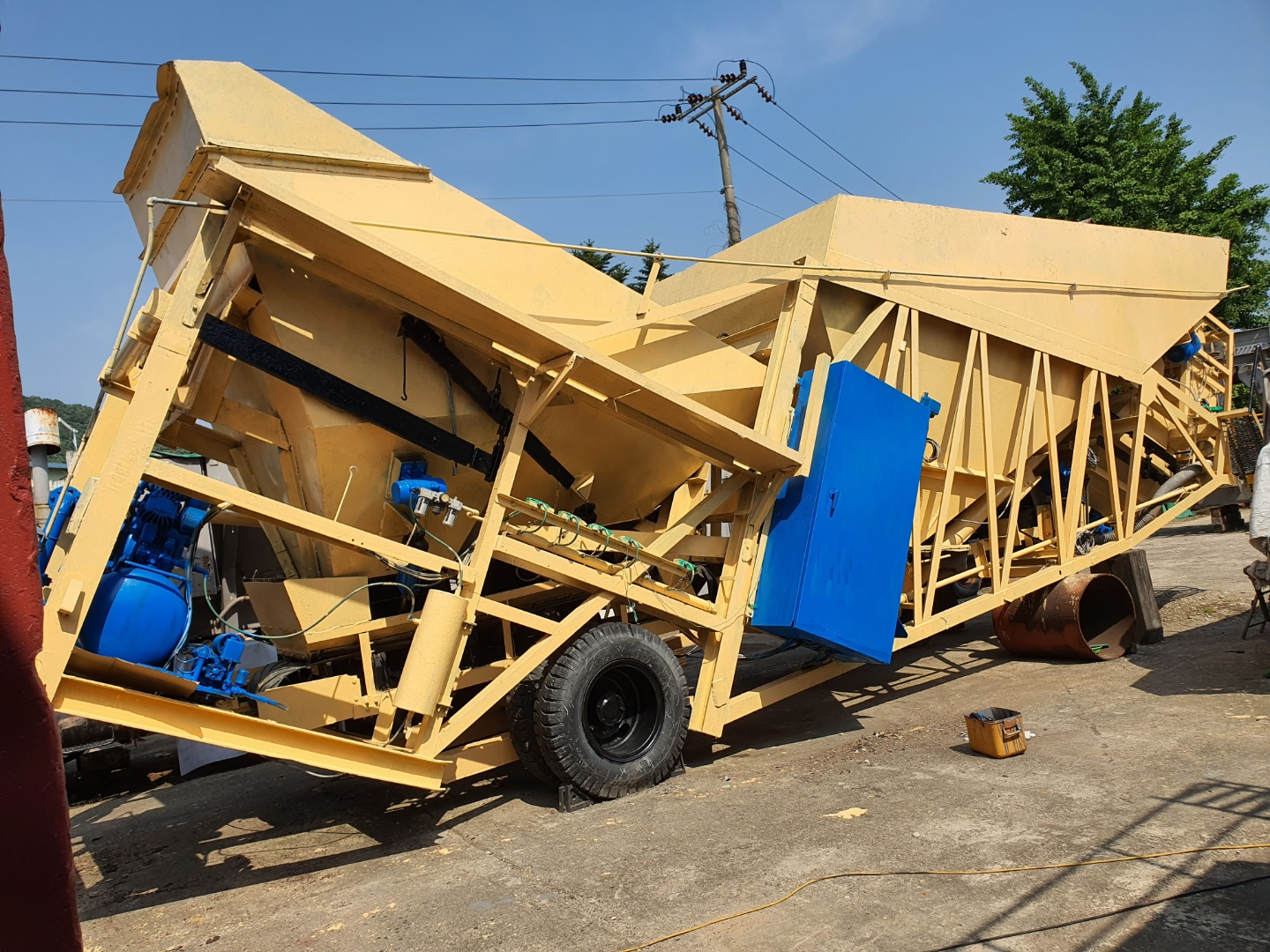 BP,  60-45m3,  for sale used  Moblile type,  for sale used  Portable Concrete Batching plant,  Maker-- HAGAN(USA), Mixer-- 1.5m3 Batch,  Capacity-- 60-45m3/hour,  Repaint, Repair completed,  FULL ONE SET,     smgyo@naver.com,      중고 이동식 콘..