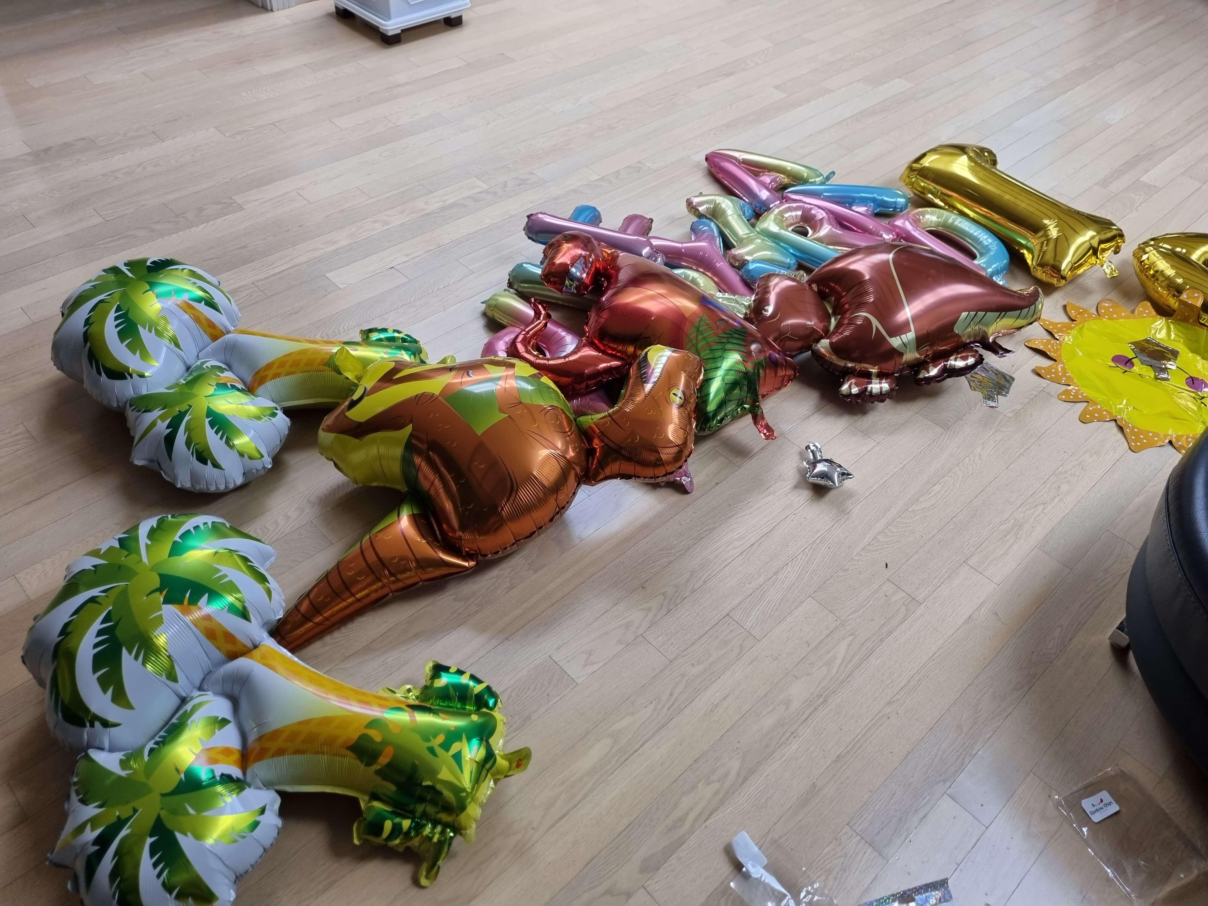 생일파티-공룡풍선