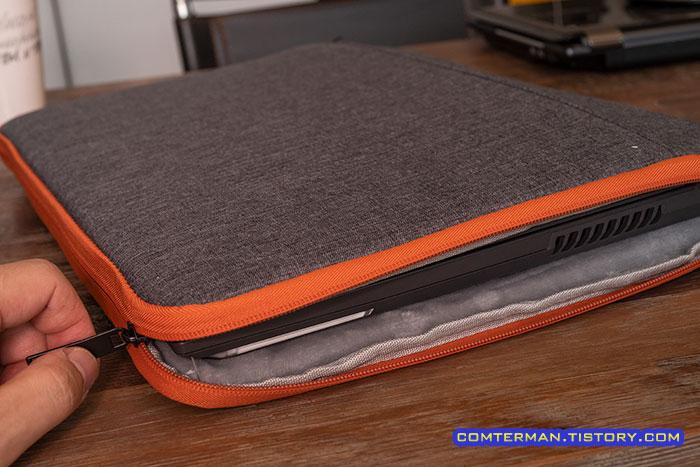 17인치 노트북 파우치 내부 여유공간