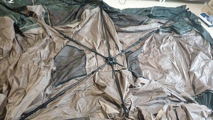 텐트-펼친-사진